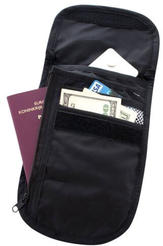 Saszetka turystyczna na szyję Travel Safe Check Out czarna