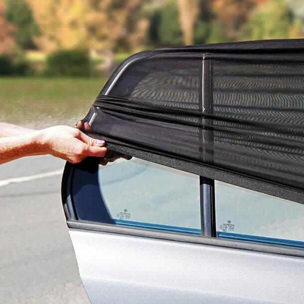 osłonka przeciwsłoneczna na boczne szyby samochodu