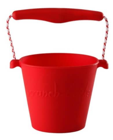 Składane wiaderko dla dzieci Scrunch Bucket firmy Funkit World czerwony