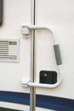 Kempingowy zabezpieczenie do drzwi kampera Security 46 Fiamma