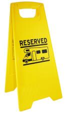 Znak sygnalizujący rezerwacja miejsca parkingowego