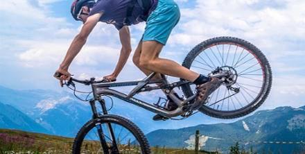 Jakie chwyty rowerowe wybrać? Rozwiązanie na ból rąk i nadgarstków podczas jazdy na rowerze.