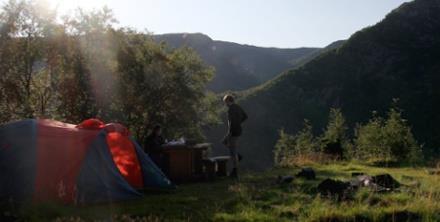 Spanie pod namiotem, czyli hotel miliongwiazdkowy